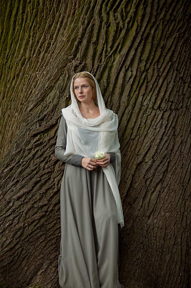 TheWhiteQueen8