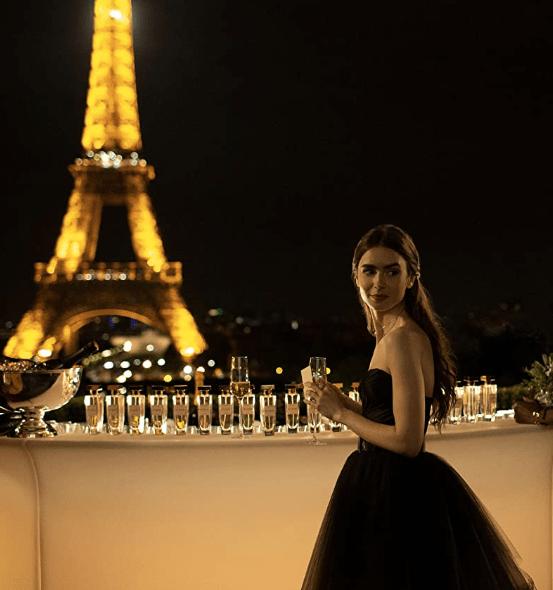 Screenshot_2020-10-30 Emily in Paris (2020)(13)
